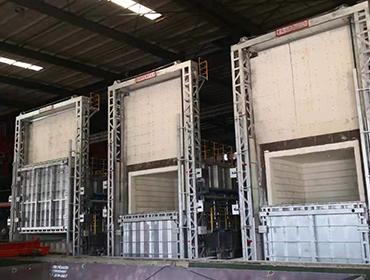 Regenerative chamber furnace